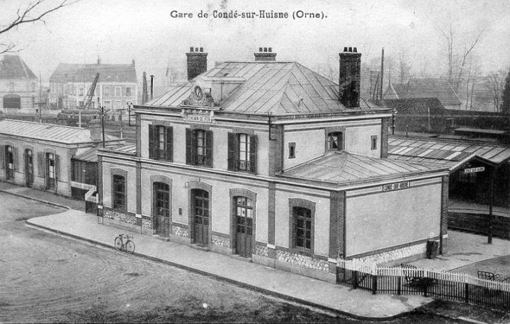 Gare de Condé sur Huisne