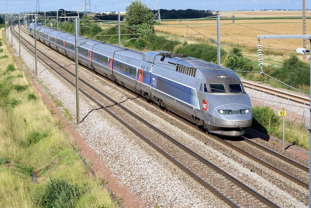 TGV A - Rouvray-St Florentin - 14/07/2010