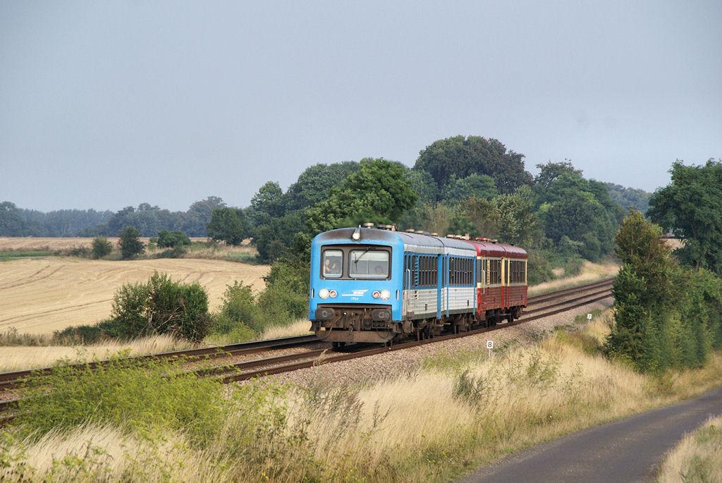 X 4751/X 4777 - Argentan - 09/08/2009
