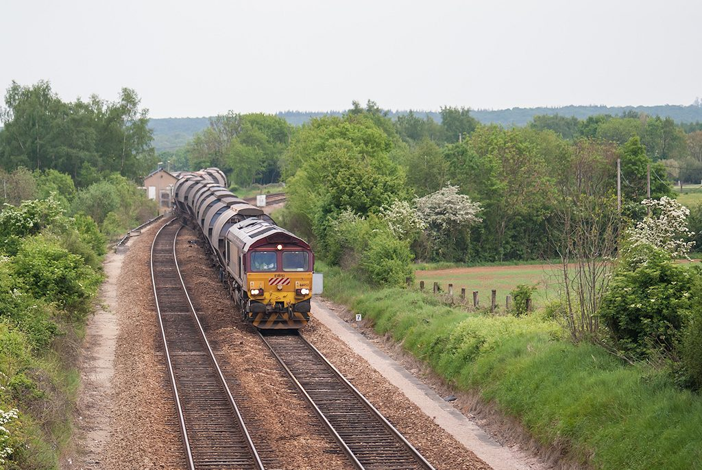 66052 Class 66 ECR - Vignats - 06/05/2007