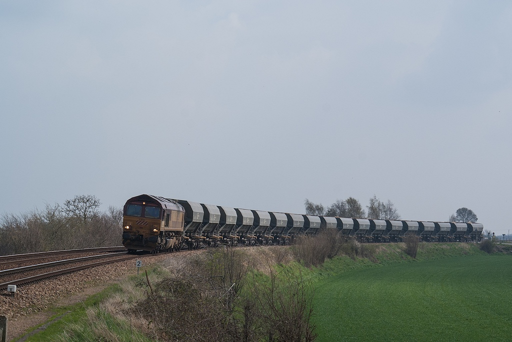 Class 66229 - Pertheville-Ners - 04/04/2008