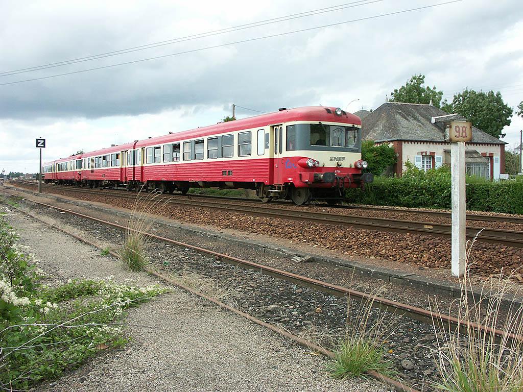 UM X 4758/X 4700 - Argentan - 13/08/2004