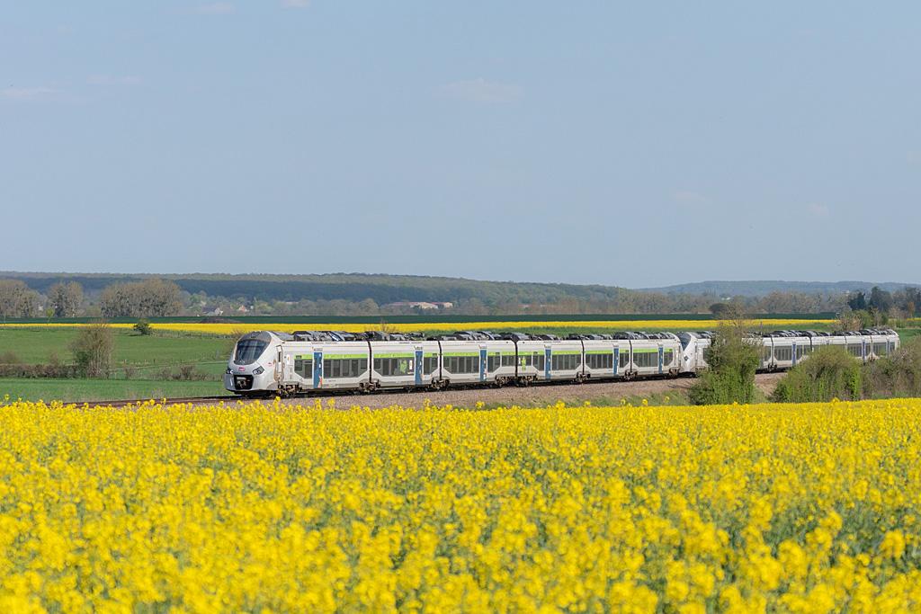 B 84571 L - Argentan - 19/04/2019 - Train 3435 - Paris-Granville
