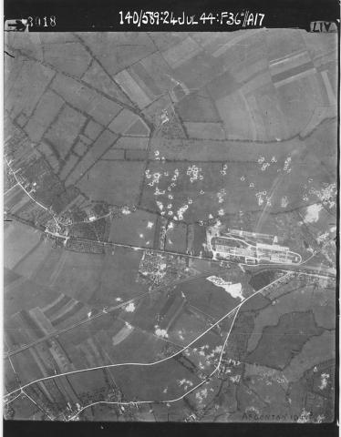 Vue aerienne - Bombardement d'Argentan - 1944