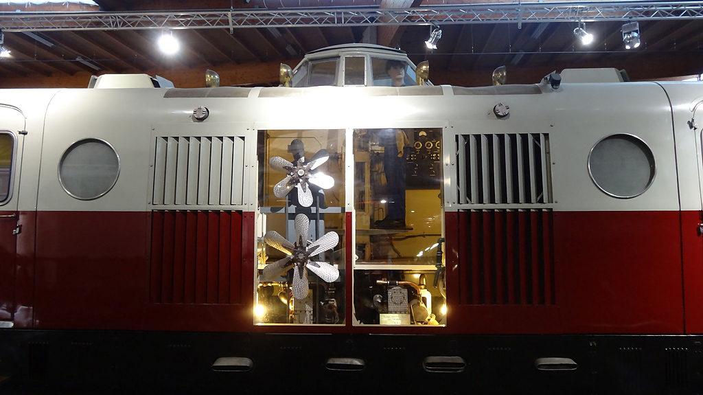 Compartiment moteur - XB 1008 - Mulhouse - Photo Klaus Nahr