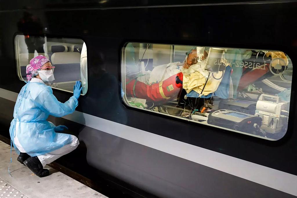 TGV Médicalisé - Photo Thomas Samson - AFP