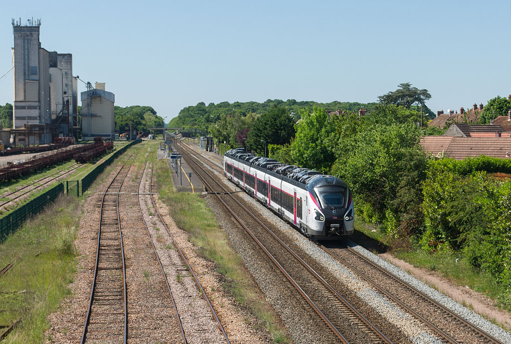 B 85033 - Verneuil l'Etang - 25/05/2017