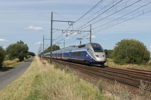 TGV D 284 - Villeperdue - 05/08/2014