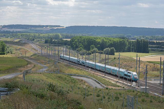 UM TGV OUIGO - Maillé - 13/08/2019