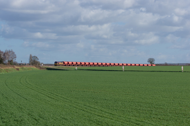 Class 66 66193 ECR - Pertheville-Ners - 11/03/2019