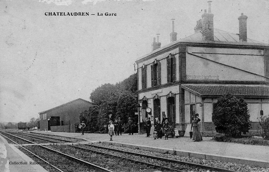 Gare de Chatelaudren