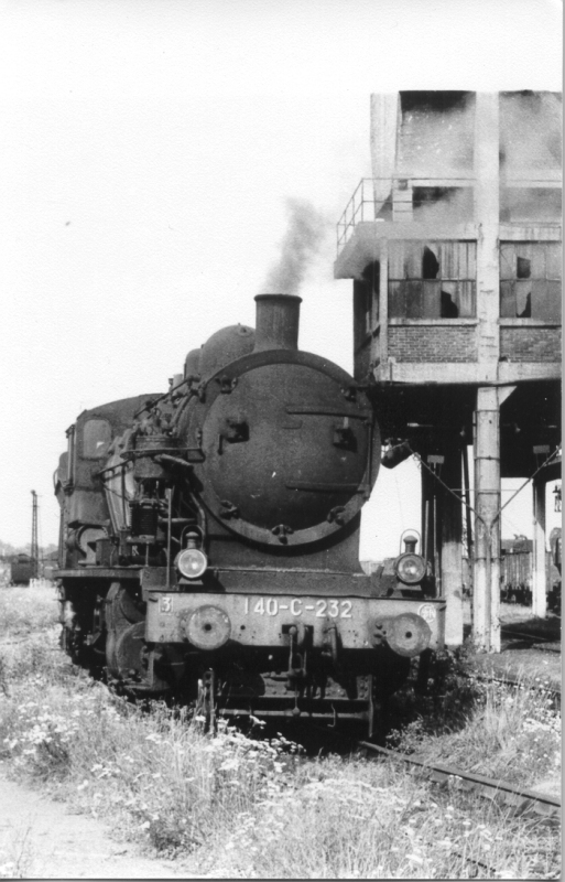 140 C 232 - 140 C 1à 370 SNCF - Trappes - Photo: Guy Marchand