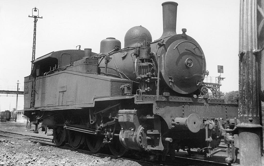 3-040 TA 78 - 3-040 TA 1 à 143 SNCF - 40-001 0 143 Etat - Photo: John Blyth
